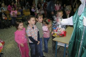 Darovi za djecu povodom blagdana sv. Nikole