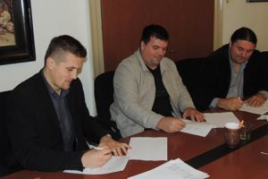 Potpisan Sporazum o suradnji na Projektu razvoja infrastrukture širokopojasnog pristupa