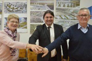 Sklopljen ugovor na radovima rekonstrukcije – uređenja Trga Stjepana Radića