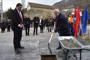 Državni tajnik Tugomir Majdak i načelnik Mladen Kešer položili kamen temeljac za gradnju novog Trga u Kalniku